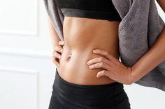 初心者さんでも始めやすい、体幹を鍛えるメソッドをご紹介していきます。代謝を上げるためにも朝時間に行うのがおすすめです。しっかり続けてペタンコお腹を手に入れましょう♡