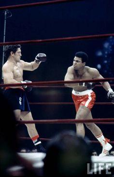 Muhammad Ali & Oscar Bonavena, 1970