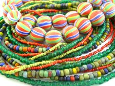 Indonesian Glass Beads are now on sale 25% off! Free shipping available. Check out www.happymangobeads.com #coloful #java #beading