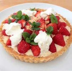 no egg no butter tarte Vegan Sweets, Healthy Sweets, Sweets Recipes, Healthy Baking, Vegan Food, Hamburger Cake, Strawberry Sweets, Food Menu, Bakery