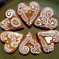 Prodané zboží | Fler.cz Valentines Day Cookies, Christmas Sugar Cookies, Holiday Cookies, Valentine Crafts, Gingerbread Cake, Christmas Gingerbread, Cookie Icing, Candy Recipes, Clay Creations