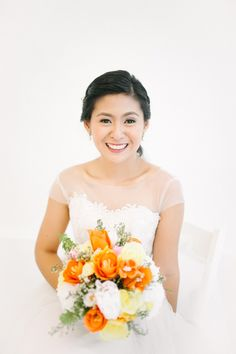 Fun and Fresh Blooms Bridal Bouquet | http://brideandbreakfast.ph/2015/08/20/quirky-cuties/ | Photography: Law Tapalla