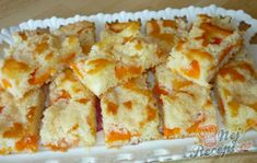 Šťavnatý hrnkový koláček | NejRecept.cz Baking Recipes, Cake Recipes, Czech Recipes, Girl Cakes, Sweet Cakes, Desert Recipes, Coffee Cake, Sweet Recipes, Sweet Tooth