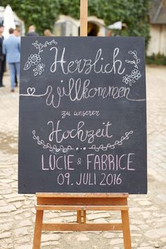 Lucie & Fabrice: Sommer und Vintage-Hochzeitszauber
