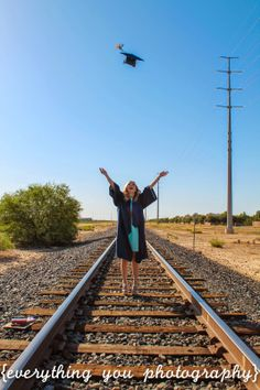 Shout it out- I'm an NAU graduate. Unique Senior Pictures, Country Senior Pictures, Girl Senior Pictures, Senior Pics, Senior Year, Grad Pictures, Senior 2015, College Graduation Pictures, Graduation Picture Poses