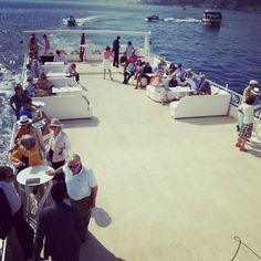 Birbirinden özel davet teknelerimiz'de yemekli yada yemeksiz boğaz turu organizasyonları.    https://www.bogazdagezi.net