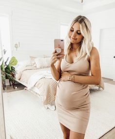 Pregnancy information are offered on our web pages. Read more and you wont be sorry you did. Cute Maternity Outfits, Stylish Maternity, Pregnancy Outfits, Maternity Pictures, Pregnancy Photos, Maternity Fashion, Pregnancy Fashion, Pregnancy Humor, Maternity Style