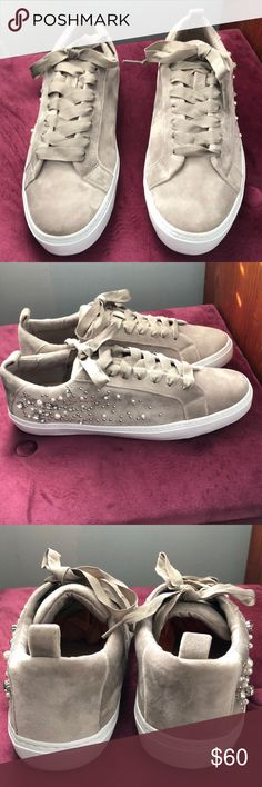 Zara flats Stunning dressy or casual cream color velour or velvet brush flat. Runs a little small can fit a 101/2 or 11 Med. NWOT Zara Shoes Flats & Loafers