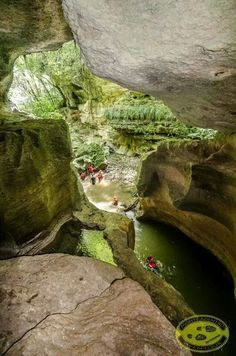 Cueva en el Rio Unibón, Vega Baja, Puerto Rico