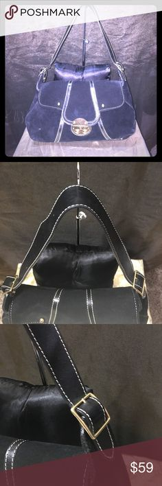 """KELLE POLLOCK BLACK SUEDE LEATHER Sz M Handbag This is a pre loved Handbag in very good condition for sale. NO TEARS STAINS RIP HOLES ETC....Light General Use ONLY! KELLE POLLOCK MEDIUM SIZE BLACK SUEDE LEATHER HANDBAG WITH HEAVY GOLD TONE HARDWARE. White thick double stitching. Burlap red lining inside the purse. Zipper compartment inside bag too. The suede is very Supple. Excellent casual career evening Handbag. Length 14"""" Height 9"""" Strap Drop 23"""" (thick leather strap) thank u 4 Looking…"""