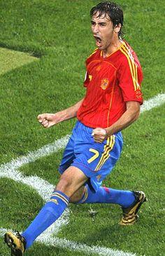 Raúl González Blanco, 102 veces internacional con España y 44 goles anotados.