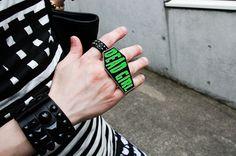 More photo at:   http://www.fashionsnap.com/streetsnap/2012-06-07/16560/#