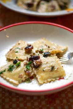 Smoked Cheese Ravioli w/ Brown Butter. Smoked Cheese Ravioli with brown butter sage walnut sauce a dish that takes 20 minutes to prepare and has your taste buds dancing. Butter Sauce For Pasta, Brown Butter Sage Sauce, Walnut Butter, Pasta With Walnut Sauce, Truffle Sauce, Truffle Butter, Truffle Oil, Truffle Recipe, Milk Recipes
