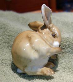 Vintage-Hutschenreuther-Baby-Bunny-Rabbit-Figurine-NR