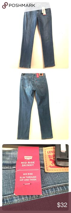 """NWT 🍁 LEVI'S MID-RISE SKINNY JEANS Size 10 x L29 New with tags! Medium blue mid-rise LEVI skinny jeans. Size women's 10S (short). Inseam: 29"""" according to Levi size guide. Levi's Jeans Skinny"""