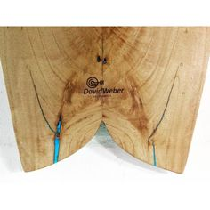 Modelo #minifish 5'1 Aproveitamos as rachaduras da Madeira para criar um efeito especial com luminescência. #hollowwoodensurfboard #davidwebersurfboards #twinfin #suefboard Ya no me gusta Comentar 524 Me gusta davidwebersurfModelo #minifish 5'1 Aproveitamos as rachaduras da Madeira para criar um efeito especial com luminescência. #hollowwoodensurfboard #davidwebersurfboards #twinfin #suefboard