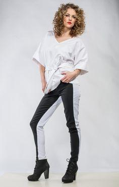 Womens #Kimono White Top with a belt Loose fitting #Cotton Shirt Made to order by DariaKaraseva on #Etsy #KimonoTop #KimonoShirt #WhiteShirt