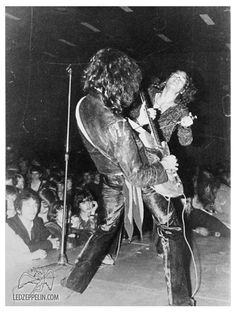 Jimmy Page/Robert Plant Jimmy Page, Hard Rock, Heavy Metal, Page And Plant, Robert Plant Led Zeppelin, Houses Of The Holy, Rock Legends, Blues Rock, Music Photo