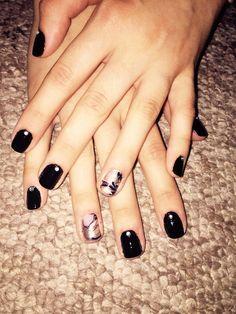 Black marble nails with crystal gemstones