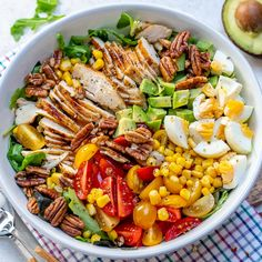 Grilled Chicken Salad + Homemade Sweet Onion Dressing 🌱🔥🎉👏 Ingredients & Recipe below: ⠀ 👩🏻🍳THIS is the drop-what-youre-doing, make new plans around this salad kind of. Grilled Chicken Salad, Clean Recipes, Healthy Recipes, Healthy Foods, Keto Recipes, Dessert Recipes, Healthy Chef, Shrimp Recipes, Dining