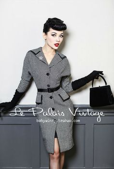 Aliexpress.com : Buy FREE SHIPPING Le Palais vintage classic Swallow gird Navy large collar slim coat/ bat sleeve woollen overcoat from Reliable slim coat suppliers on Mr. and miss