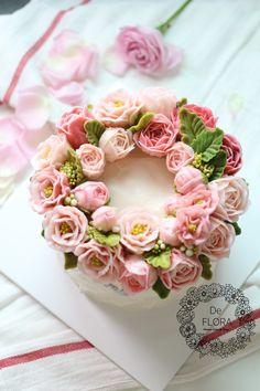 입속의 꽃 디플로라 사랑스러운 로즈핑크 플라워케이크 여리여리한 색감의 플라워케이크 완성! 특별한 날, ...