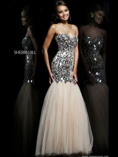 Strapless Sweetheart Sherri Hill Formal Prom Dress 21285