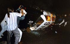 fuck the police,burning police car