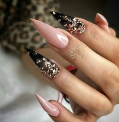 30 Great Stiletto Nail Art Design Ideas - The most beautiful nail designs Sexy Nails, Fancy Nails, Bling Nails, Love Nails, Bling Nail Art, Acrylic Nail Designs, Nail Art Designs, Acrylic Nails, Nail Crystal Designs
