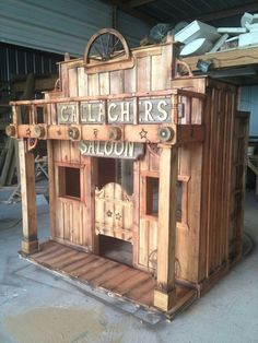 Western Saloon Loft Bed Playhouse by TinyTownStudios on Etsy Cubby Houses, Dog Houses, Play Houses, Bird Houses, Old Western Decor, Old Western Towns, Western Saloon, Wooden Pallet Furniture, Wooden Pallets