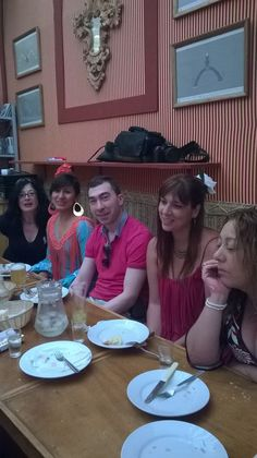 Cenando en el Encuentro para Singles en la Feria de Abril de Sevilla 2015