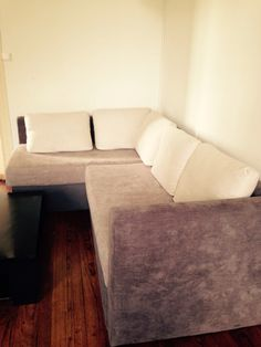 Recouvrir un vieux canapé! Couch, Furniture, Home Decor, Old Sofa, Bricolage, Home, Settee, Decoration Home, Room Decor