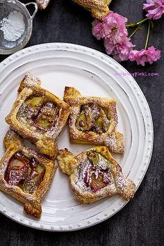 French cookies with rhubarb Rhubarb Cookies, Lemon Cookies, Fudge Cookies, Chocolate Chip Cookies, Croissants, Polish Recipes, Polish Food, French Cookies, Cranberry Cookies