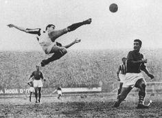 Carlo Parola and his famous bicycle kick (Juventus - Fiorentina, 15.01.1950)