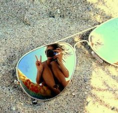Earn Money Taking Pictures - Photography Jobs Online Beach Photography Poses, Photography Jobs, Summer Photography, Creative Photography, Perspective Photography, Poses Photo, Concours Photo, Insta Photo Ideas, Beach Poses By Yourself Photo Ideas