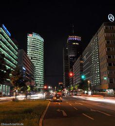 Potsdamer Platz mit dem Deutsche Bahn Gebäude und dem Kohlhoff-Tower. http://besuch-berlin.de