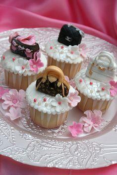 designer cupcakes | more designer handbag cupcakes!!!