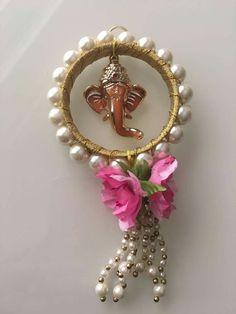 Diy Arts And Crafts, Creative Crafts, Hobbies And Crafts, Diwali Diy, Diwali Craft, Diy Diwali Decorations, Festival Decorations, Art N Craft, Craft Work