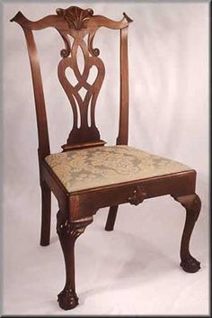 Georgian Furniture, Colonial Furniture, Furniture Decor, Furniture Design, Southern Furniture, Traditional Dining Chairs, Chippendale Chairs, Love Chair, Vintage Sofa