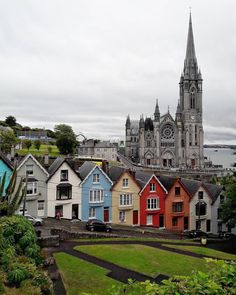 Seaport town of Cobh, Ireland  Photo by @senorabubu""