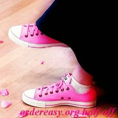 pink converse!     Fashion pink #converses #sneakers summer 2014