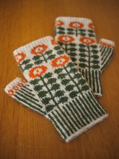 Ravelry: Project Gallery for Bunty Mitts pattern by Ella Austin scandi chic kitsch knitting pattern fingerless gloves orla kiely style design Crochet Mittens, Mittens Pattern, Knitted Gloves, Knit Crochet, Crochet Cats, Crochet Birds, Crochet Food, Knitted Dolls, Crochet Animals