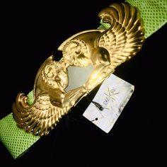 Vintage Chic Fashion, Sunglasses Accessories, Fashion Accessories, Costume Jewelry, Brooch, Brooches, Fashion Jewelry