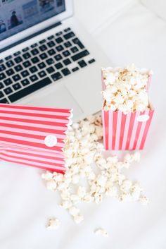 Popcorn box Netflix, Popcorn, About Me Blog, Box, Movie, Snare Drum