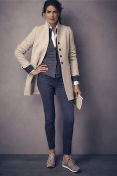 Casual Work Outfits For Women Over, If you don't have the appropriate outfits, you're going to be the laughingstock of the game. When it has to do with smart casual outfits, you want to . Autumn Fashion 2018, Over 50 Womens Fashion, 50 Fashion, Fall Fashion Trends, Fashion Over 40, Look Fashion, Funky Fashion, Fashion Outfits, Fashion Stores