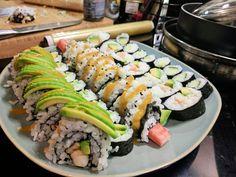 [Homemade] 5 varieties of sushi!