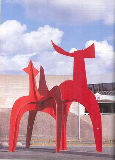 Alexander Calder ~ De hellebaardier ~ 1971 ~ IJzer en verf ~ Kurt Schwittert Platz, Hannover