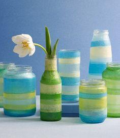 Decorar frascos de vidrio con papeles , manualidades faciles en Demanualidades.com