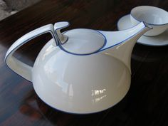 Walter Gropius tea set, beautiful.