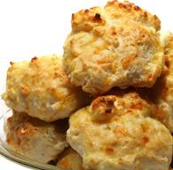 Cheese Biscuits from Jiffy Mix. Just 8-10 minutes, a couple of ingredients & you have cheesy yummy biscuits for breakfast, lunch or dinner!